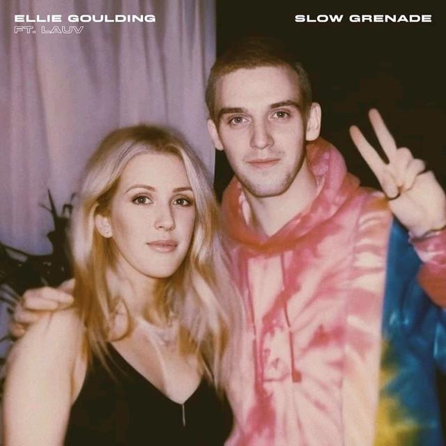 "Ellie Goulding >> album ""Brightest Blue""  - Página 5 31-e6-10"