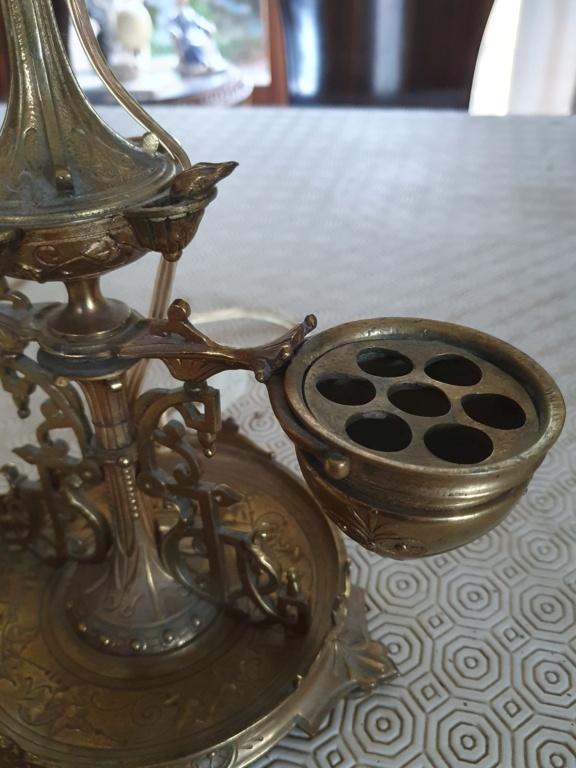 Pied de lampe bronze: objet à identifier 20210910
