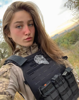 Dossier personnel : Agent Murphy Collins Murphy25