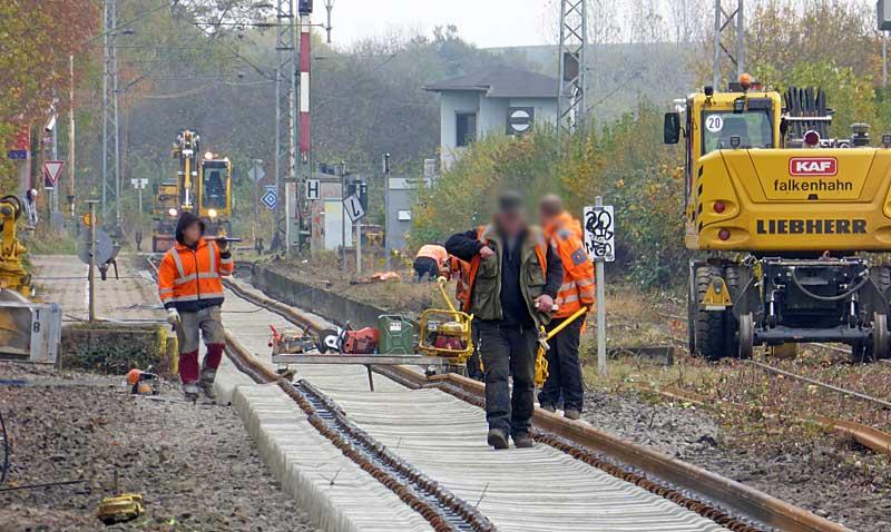 Gleisbauzüge im Einsatz Gbau0313