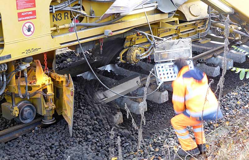 Gleisbauzüge im Einsatz Gbau0317