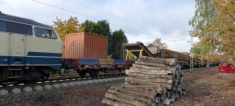 Gleisbauzüge im Einsatz Gbau0410
