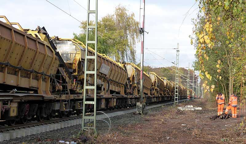 Gleisbauzüge im Einsatz Gbau0411