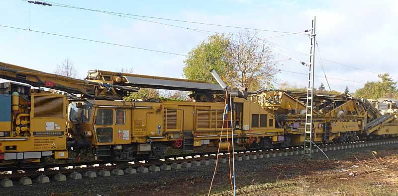 Gleisbauzüge im Einsatz Gbau0415