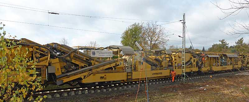 Gleisbauzüge im Einsatz Gbau0416