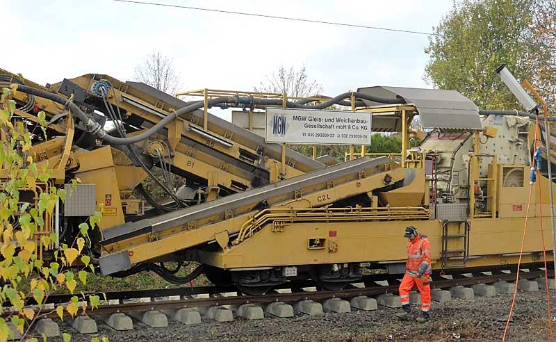Gleisbauzüge im Einsatz Gbau0419