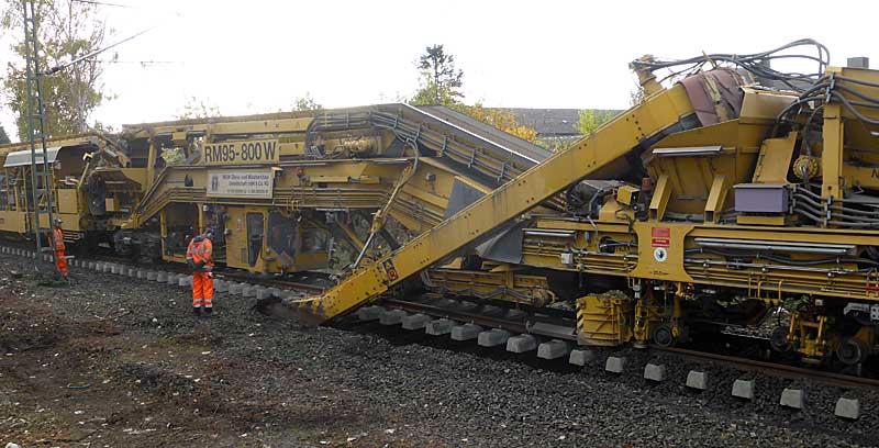 Gleisbauzüge im Einsatz Gbau0510