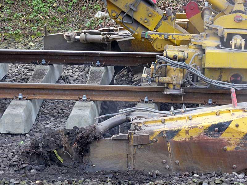 Gleisbauzüge im Einsatz Gbau0513