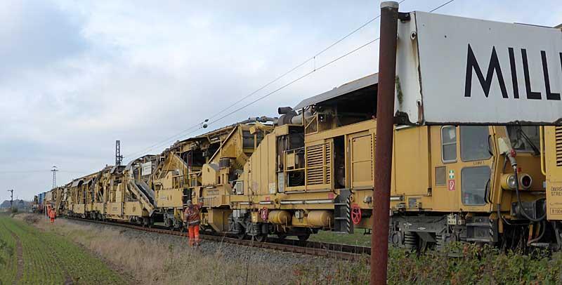 Gleisbauzüge im Einsatz Gbau0515