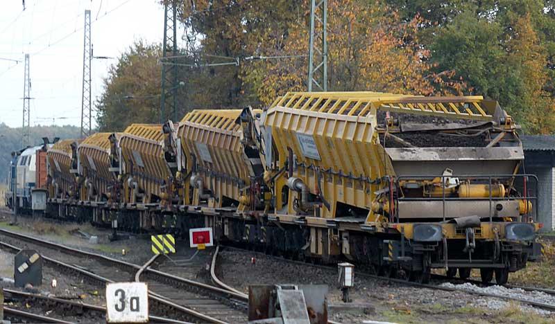 Gleisbauzüge im Einsatz Gbau0518