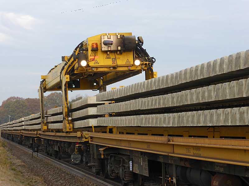 Gleisbauzüge im Einsatz Gbau0610
