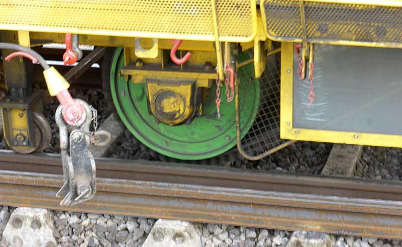 Gleisbauzüge im Einsatz Gbau0613