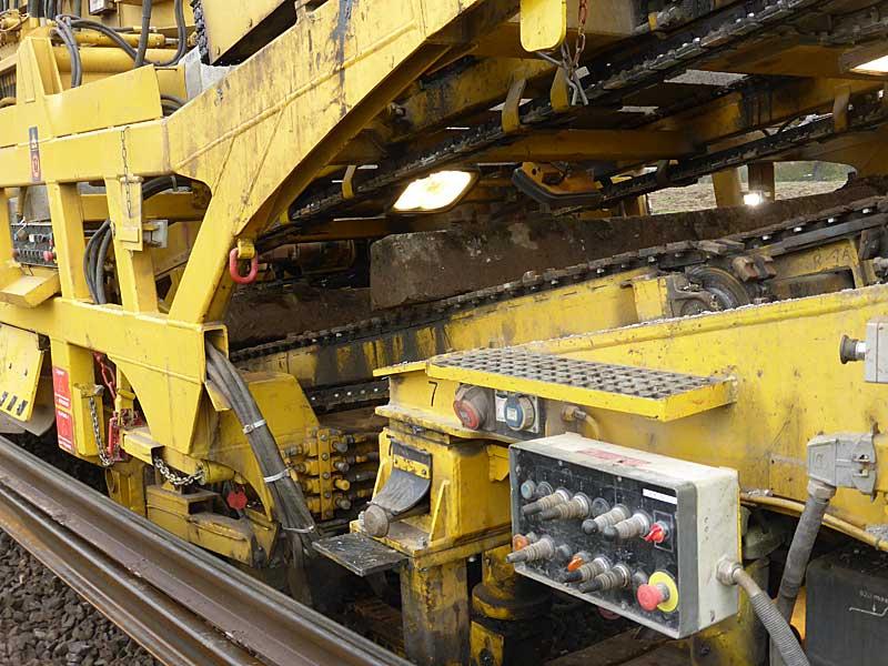 Gleisbauzüge im Einsatz Gbau0619