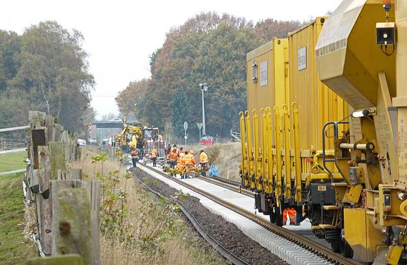 Gleisbauzüge im Einsatz Gbau0718