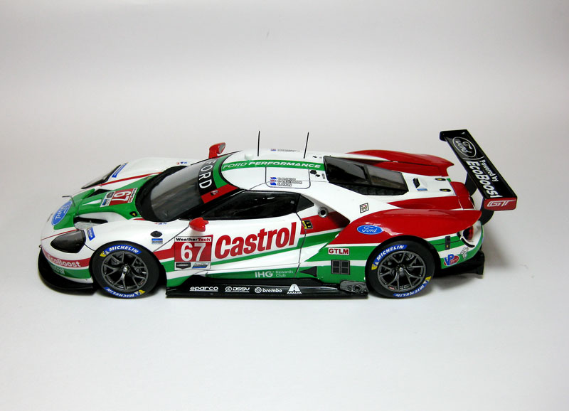 "MT: Ford GT ""Castrol"" - 24 hs. Daytona '19 - Revell 1/24 725"