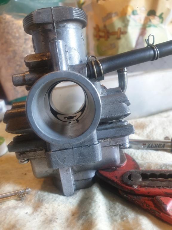 Question carburateur banshee 15878210