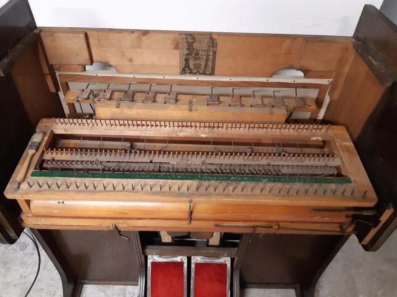 Mon harmonium (reed organ) Hörügel 20200616