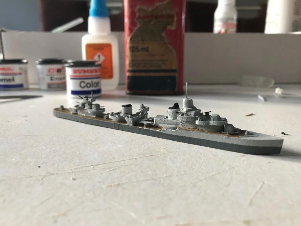 Croiseur de ligne Emile Bertin 1/1000  scratch carton Img_3617