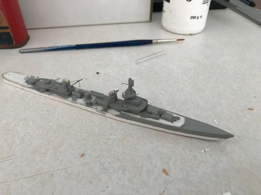 Croiseur de ligne Emile Bertin 1/1000  scratch carton Img_3622