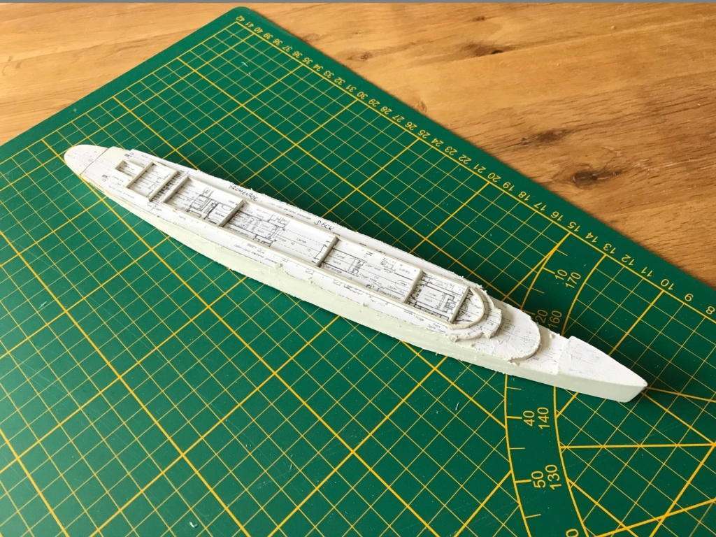 RMS Queen Mary I [scratch carton 1/1000°] de PADOU35 Img_4738