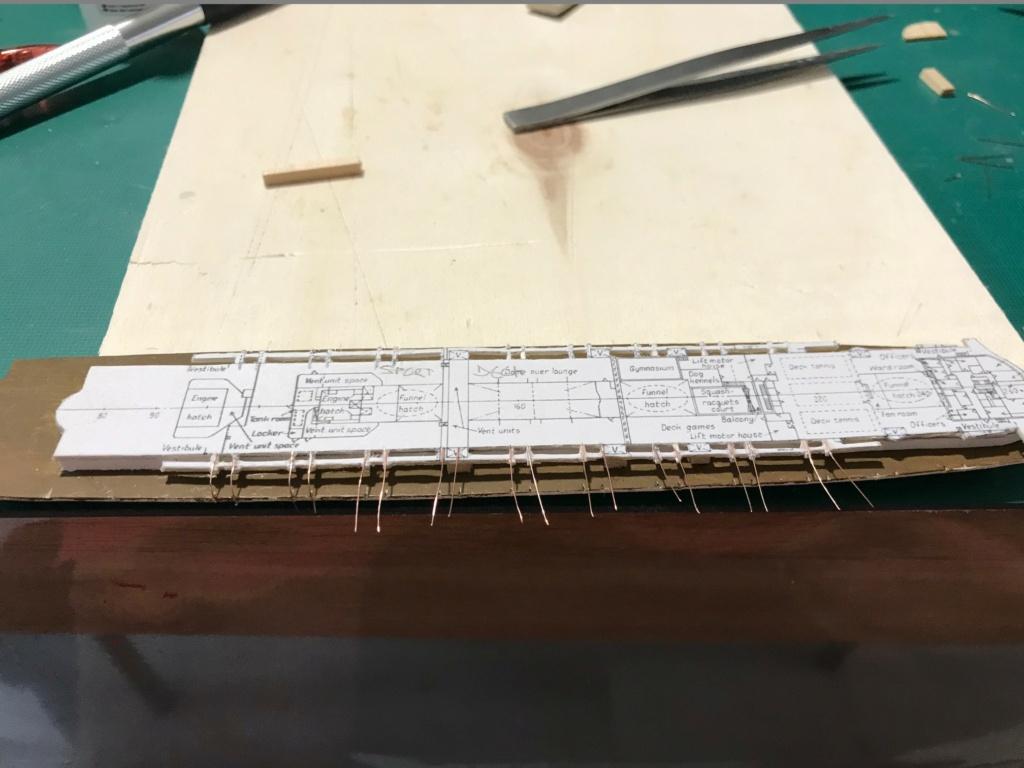 RMS Queen Mary I [scratch carton 1/1000°] de PADOU35 Img_4811
