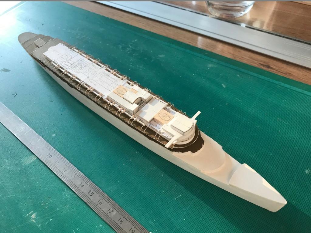 RMS Queen Mary I [scratch carton 1/1000°] de PADOU35 Img_4814