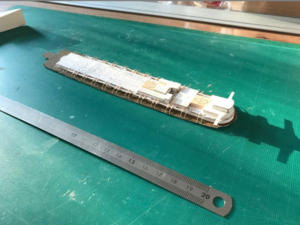 RMS Queen Mary I [scratch carton 1/1000°] de PADOU35 Img_4815