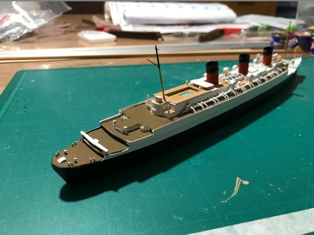 RMS Queen Mary I [scratch carton 1/1000°] de PADOU35 - Page 3 Img_4845