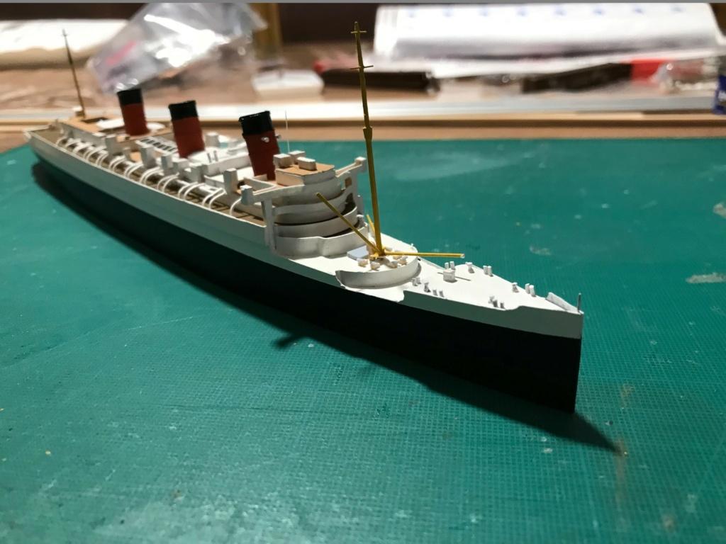 RMS Queen Mary I [scratch carton 1/1000°] de PADOU35 - Page 3 Img_4846