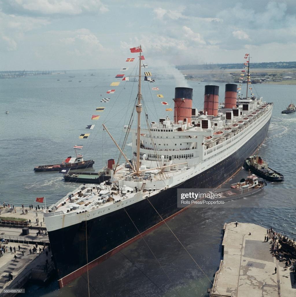 RMS Queen Mary I [scratch carton 1/1000°] de PADOU35 Queen_10