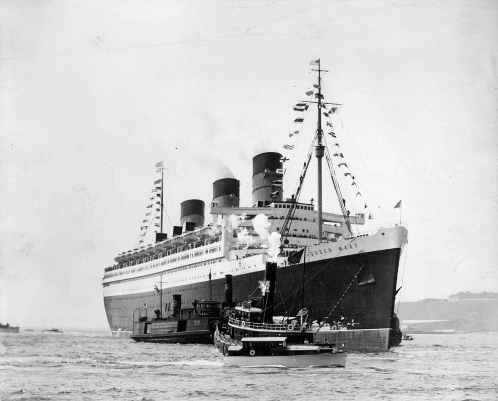 RMS Queen Mary I [scratch carton 1/1000°] de PADOU35 Queen_11