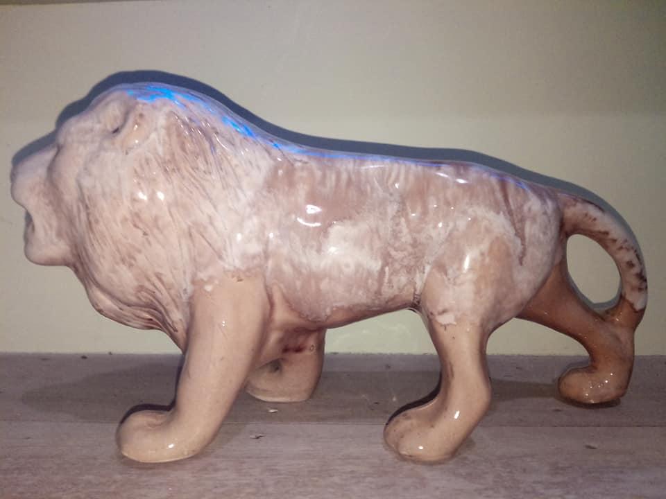 Large Trickle Glazed Male Lion Cl_big11
