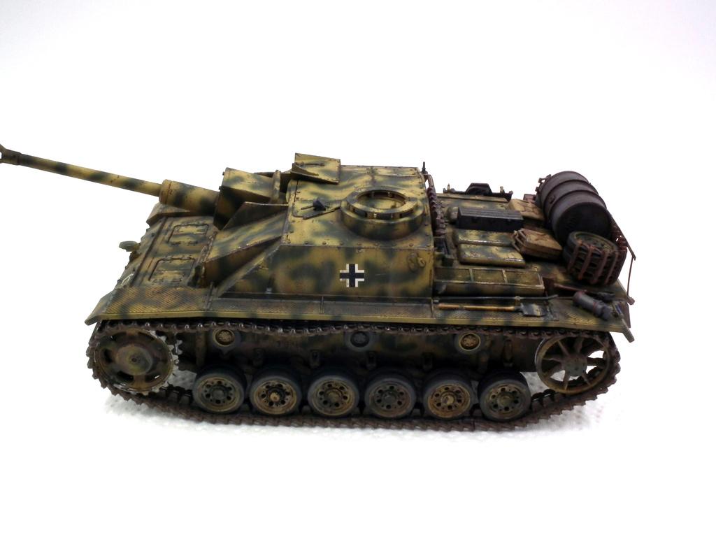 Stug III Ausf G - Страница 2 Dscf3110