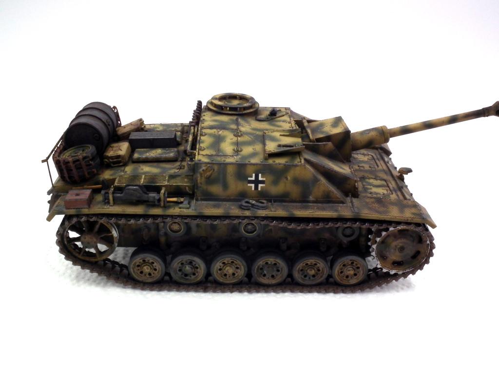 Stug III Ausf G - Страница 2 Dscf3111