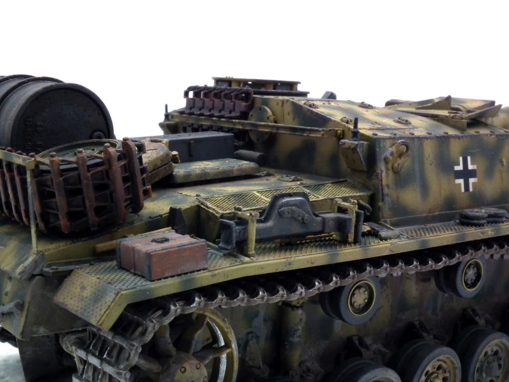 Stug III Ausf G - Страница 2 Dscf3210