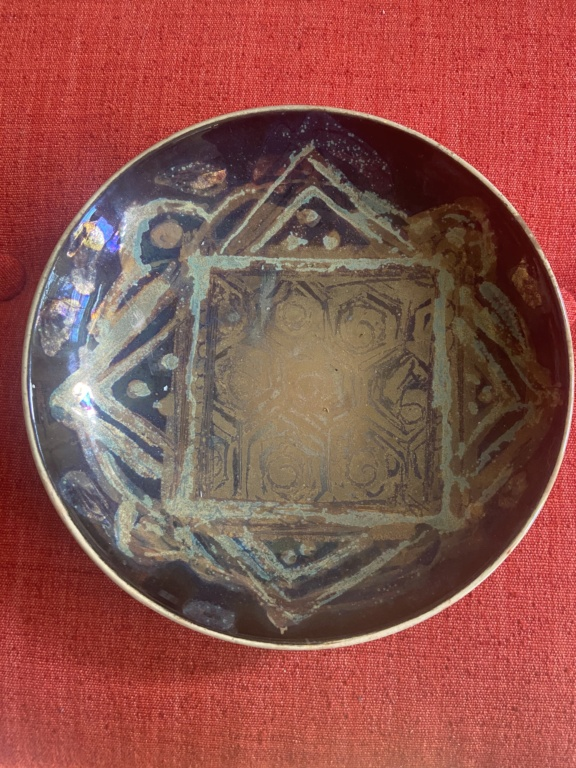 Lustre ware Studio Pottery Dish with Circle X or t mark? 4cde6810