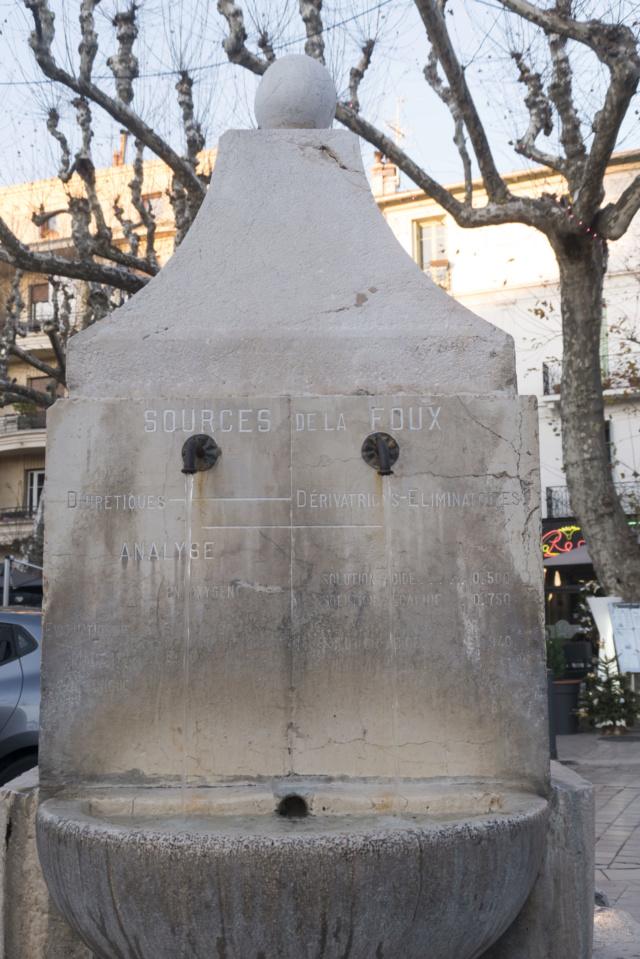 Fontaines de France et d'ailleurs - Page 2 P1010713