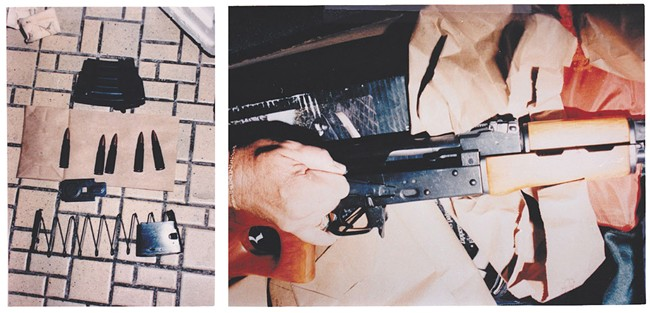 Photo's of mass murderer's weapons - Page 5 Crimes11