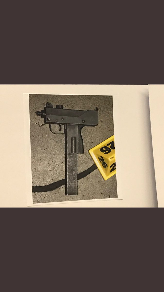 Photo's of mass murderer's weapons - Page 5 Ddcq3a11