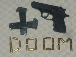Photo's of mass murderer's weapons - Page 5 Images10