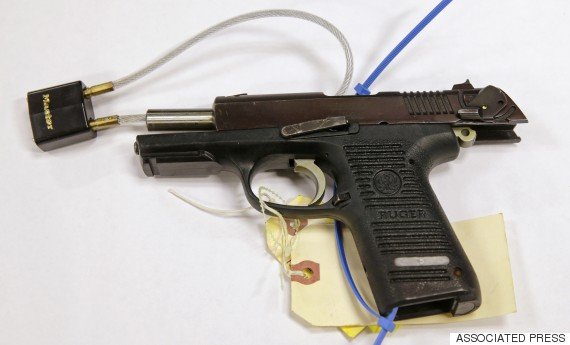 Photo's of mass murderer's weapons - Page 5 O-ruge10
