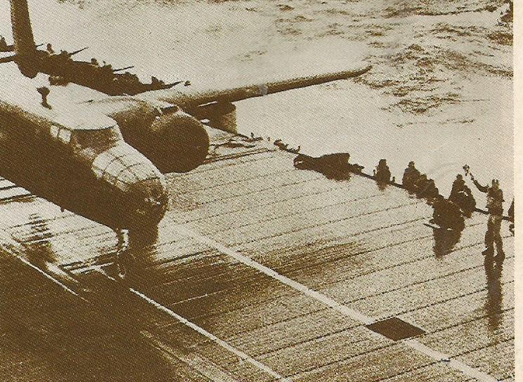 USS HORNET B_25_s10