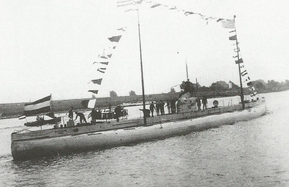 U Boote de 14-18 - Page 3 Deursc11