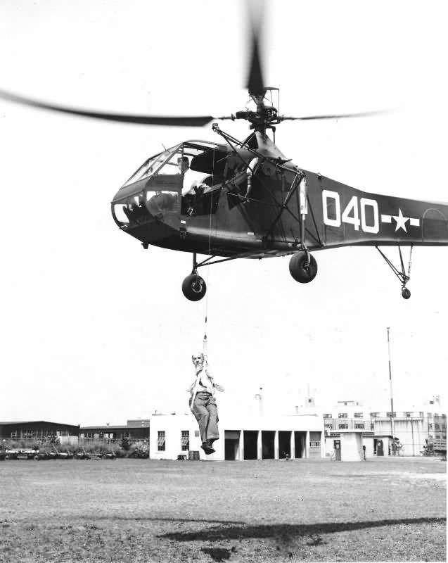 Les débuts de l'hélicoptère dans la marine Ericks10