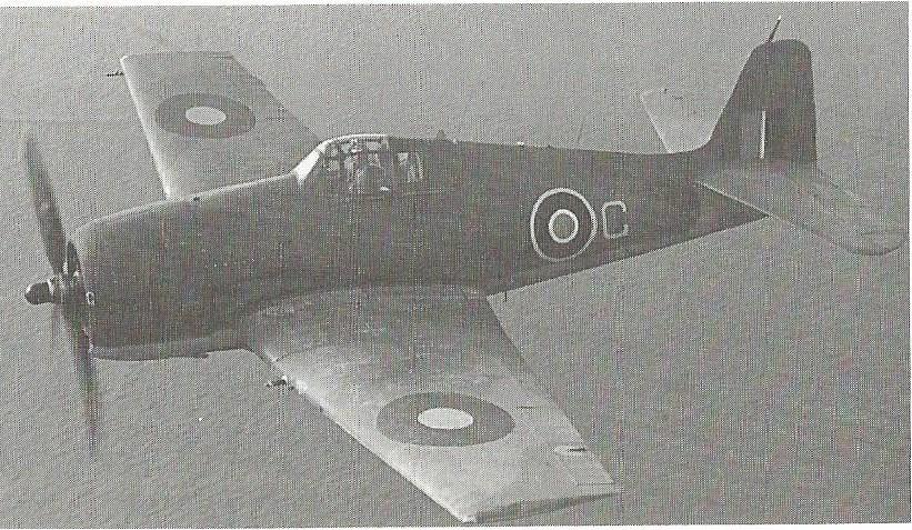 Petite histroire des porte-avions d'escorte - 1915-1945 - Page 5 Helcat10