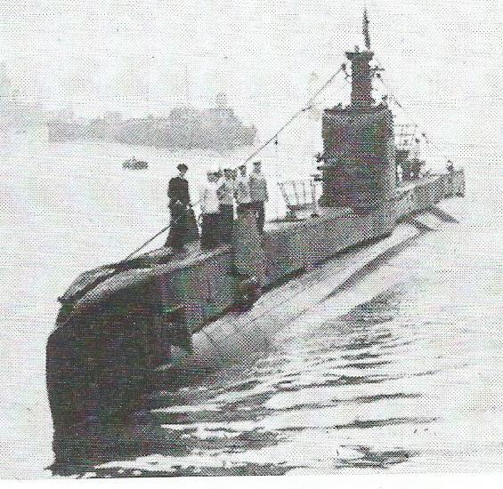 Le sous-marin des missions secrètes Hms_se11