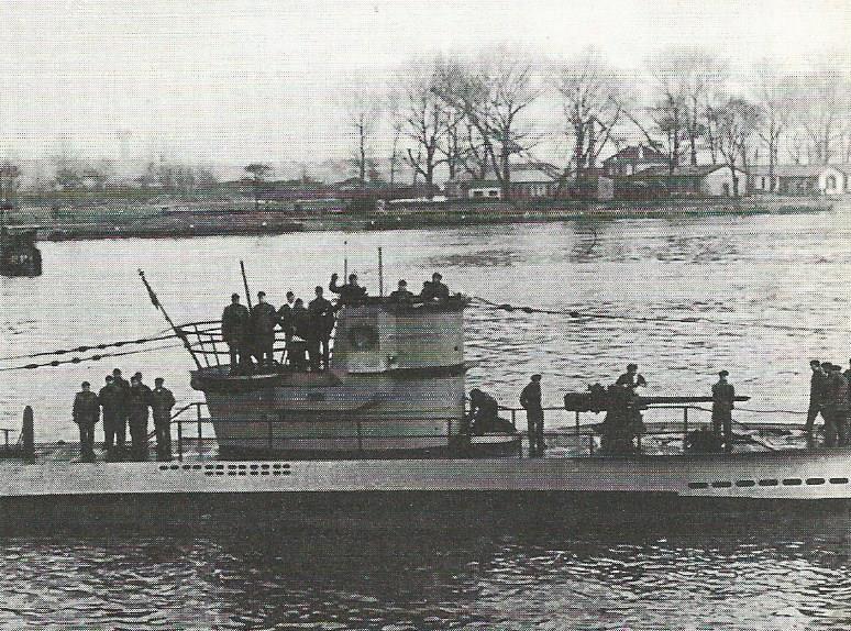 La guerre sous-marine et de surface 1939 - 1945 - Page 54 Image_50