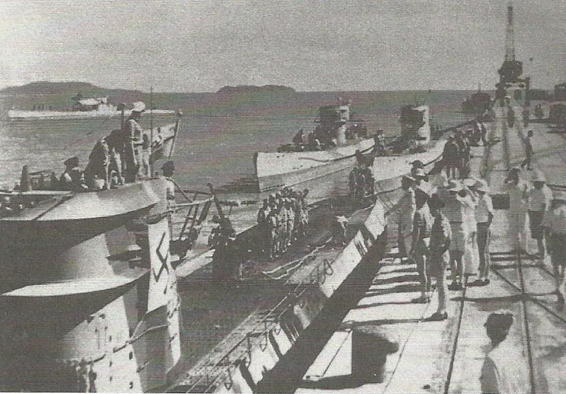 La guerre sous-marine et de surface 1939 - 1945 - Page 55 Image_51