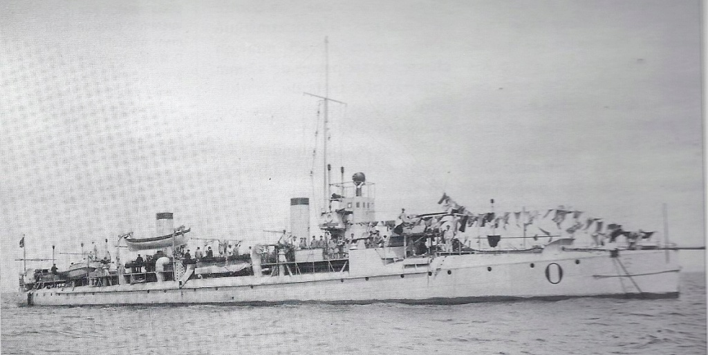 Navires de guerre Français 1914-1918 - Page 2 Oobusi10