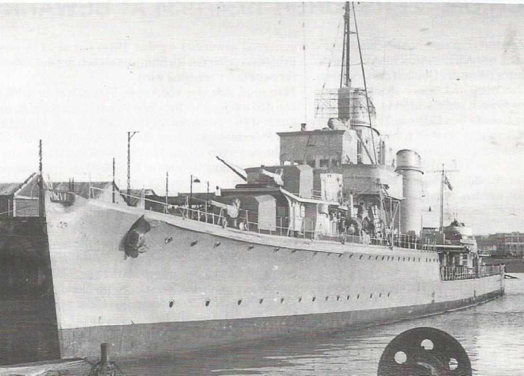 Importantes batailles navales en 1939-1945 - Page 5 Richar11